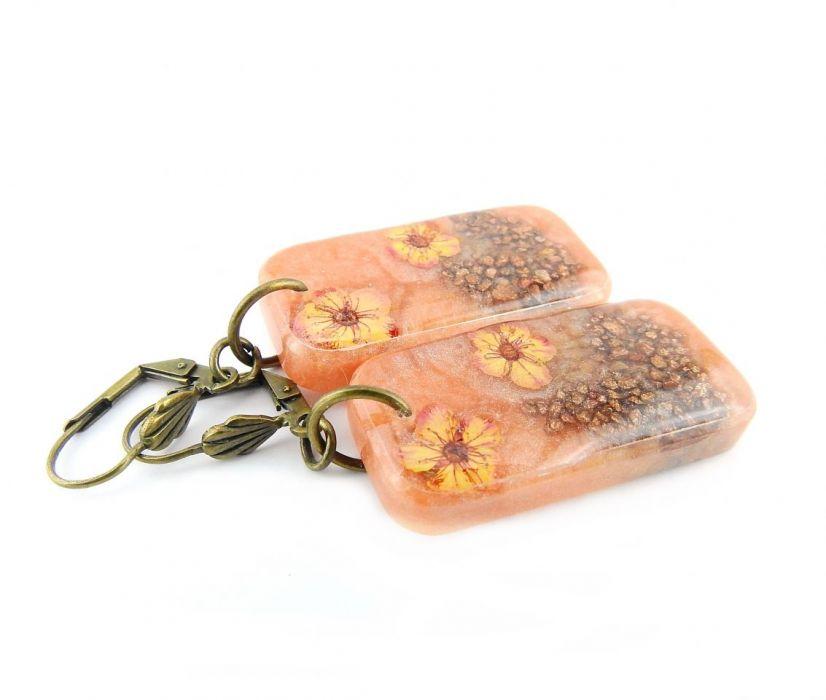 0835/mela- kolczyki z żywicy - kwiaty