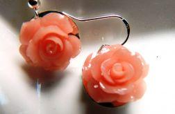 Różowe różyczki, kolczyki z korala