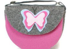 Torebka z różowym motylem
