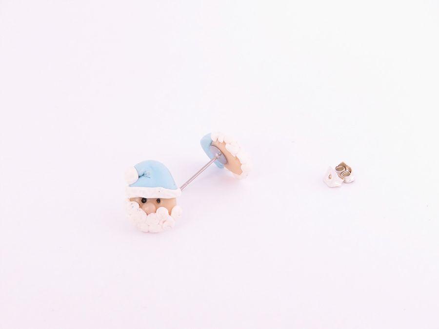 Kolczyki Mikołaj w różowej czapeczce