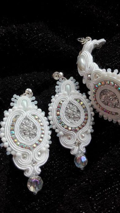 Ślubny komplet~~kryształy, biel~~