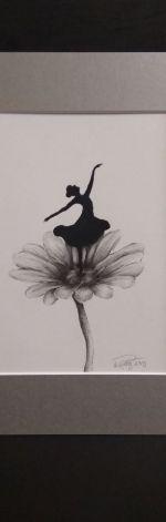 """Rysunek """"Na kwiatku"""""""