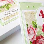 Kartka ROCZNICA ŚLUBU - ciemnoczerwone róże - Seledynowo-czerwona kartka na rocznicę ślubu z różami