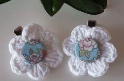 Spinki białe z kwiatuszkiem