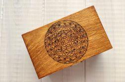Drewniana szkatułka wzór 3