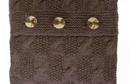 Poszewka ręcznie robiona na drutach