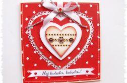 Czerwona kartka świąteczna z sercem