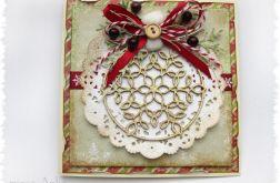 Kartka świąteczna z brokatową bombką
