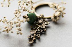 Kwiaty w starym złocie