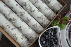Zestaw serwet różyczki fioletowo - wrzosowe