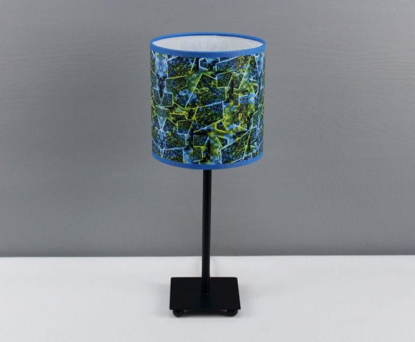 Błękitno-zielona lampa nocna sEN kOSIARZA 5 S - W lampie jest zamontowana oprawa z gwintem E14.