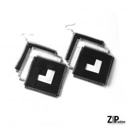 Designerskie duże czarno-białe kolczyki