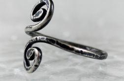 Zawijasy - srebrny pierścionek 180124-03