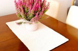 Bieżnik ręcznie robiony,obrus na stół ,35x60cm