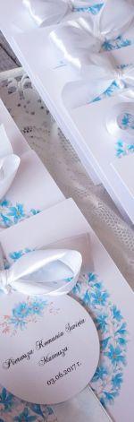 Zaproszenia na Komunię - niebieski kwiatki