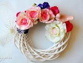 Wianek wiosenny z różami