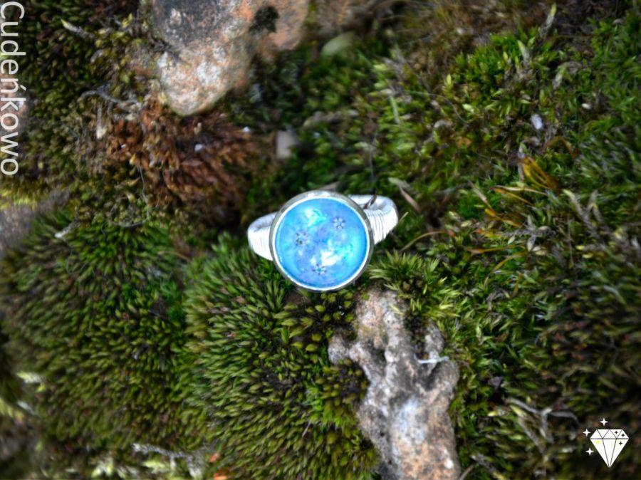 Zatopek pierścionek błękitne niezapominajki