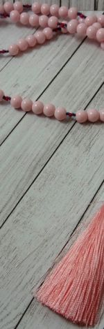 naszyjnik pastelowy róż