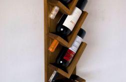 Półka na wino i dwa kieliszki