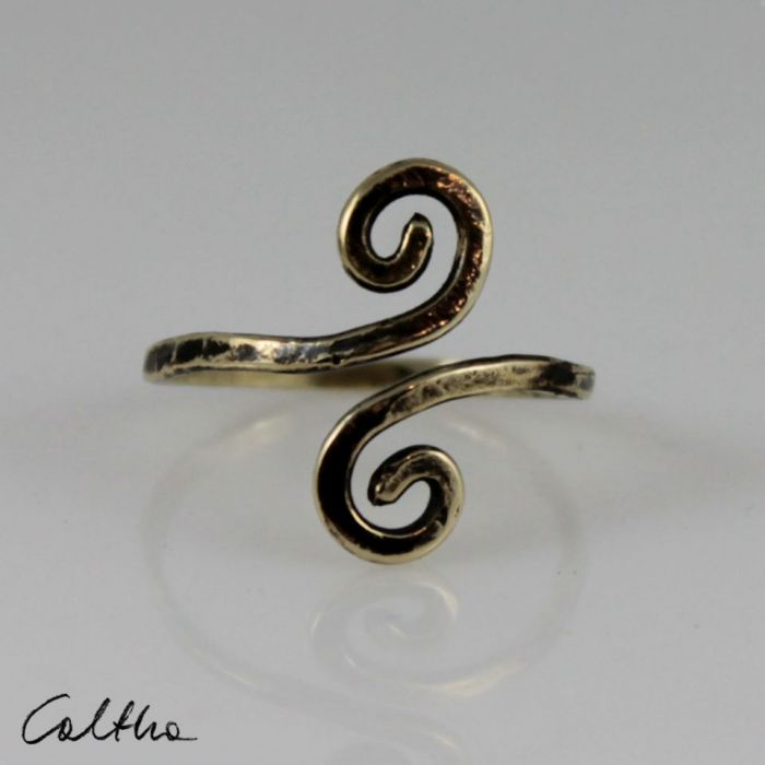 Zawijasy - mosiężny pierścionek 200112-05 - Złoty pierścionek