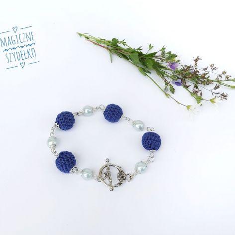 Szydełkowa bransoletka blue