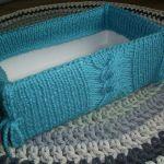 Pudełko w niebieskim sweterku