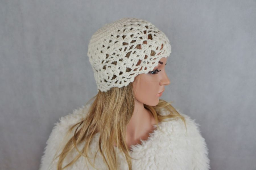 Czapka ecru wełna 02 - modna czapka