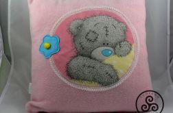 Poduszka różowa z misiem. 01
