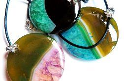 Okrągły agat z kryształem wisiorek do wyboru