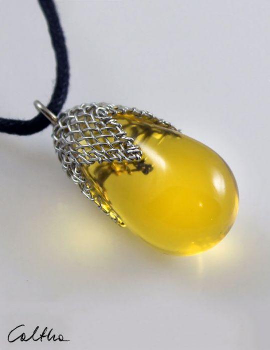 Miodwy w siateczce - wisior duży - Żółty wisiorek