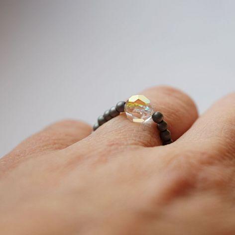 Hematyt,Swarovski-pierścionek elastyczny