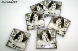 Komplat podkładek retro dziewczynki