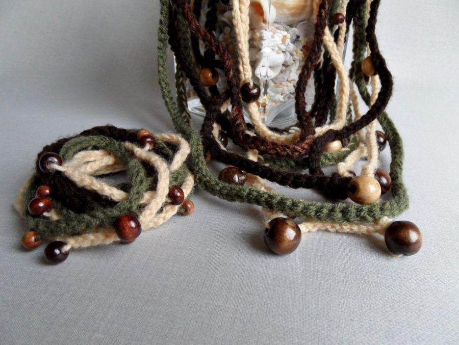 Naszyjnik - z koralikami