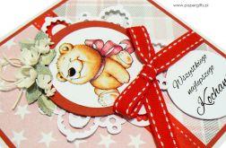 Kartka urodziny dziecka miś z różową kokardą