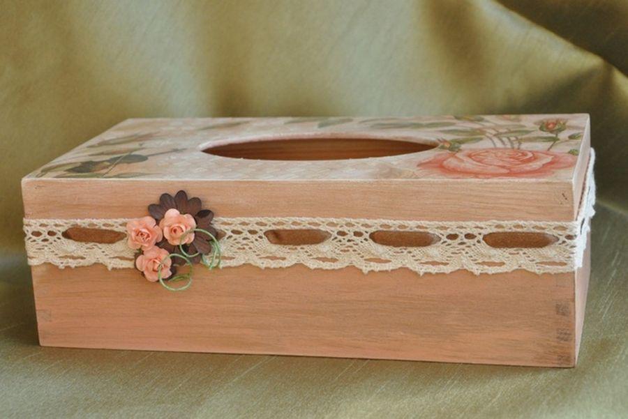 Chustecznik Herbaciana róża i skrzypce