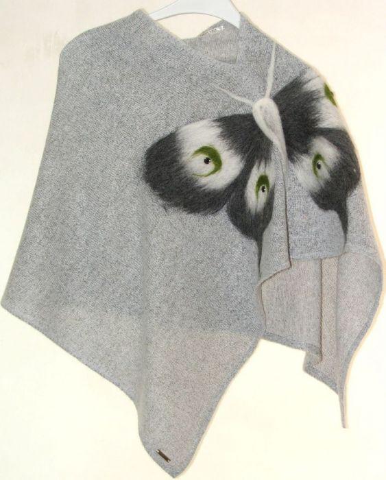 Ponczo dla dziewczynek z motylem 1