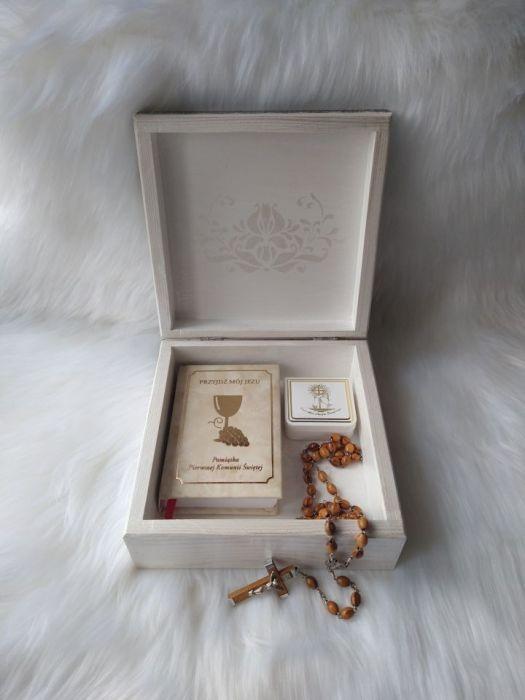 uniwersalna szkatułka z aniołkiem retro  - w użyciu