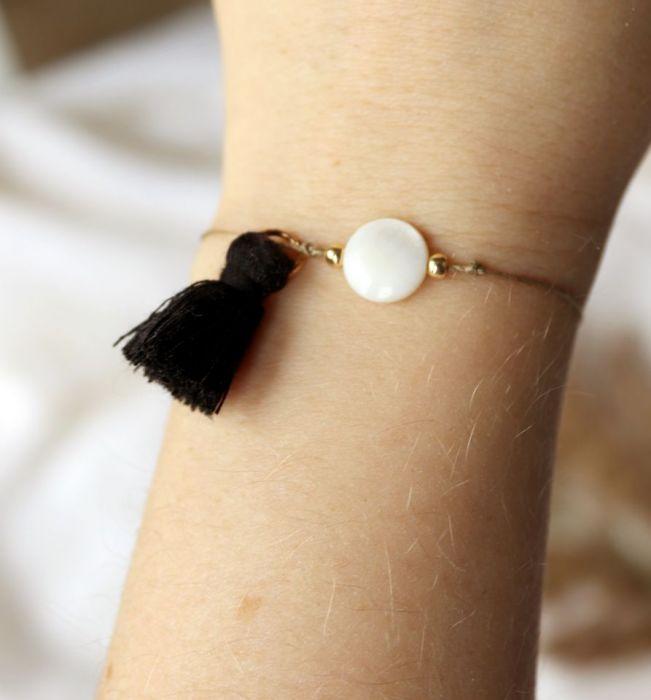 Bransoletka z masą perłową - Bransoletka z chwostem i masą perłową