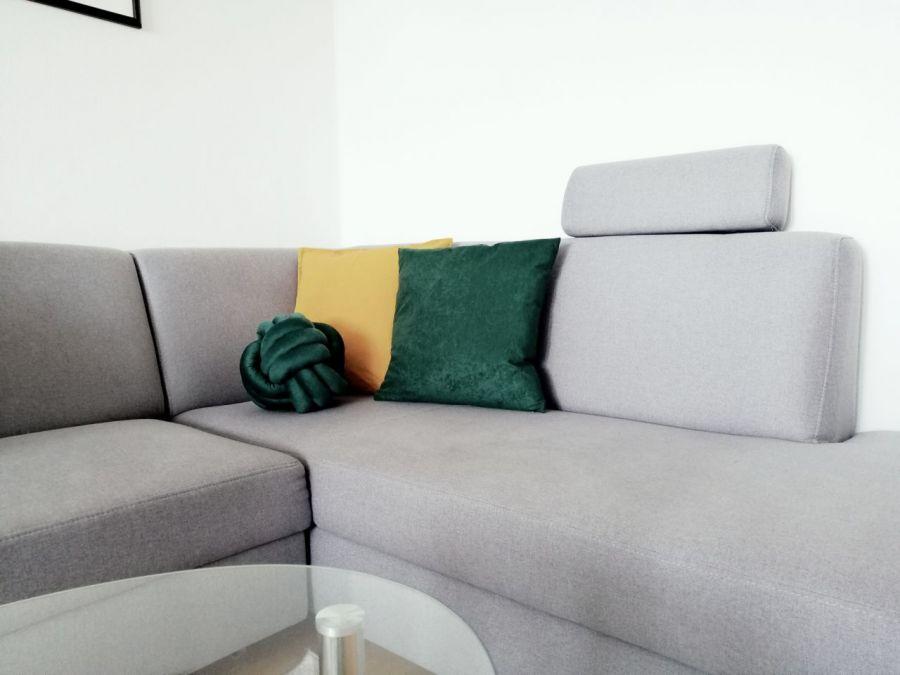 Poduszka dekoracyjna z weluru,różne kol,rozmi