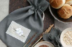 Worek lniany na chleb z haftem Kwiat Śliwy
