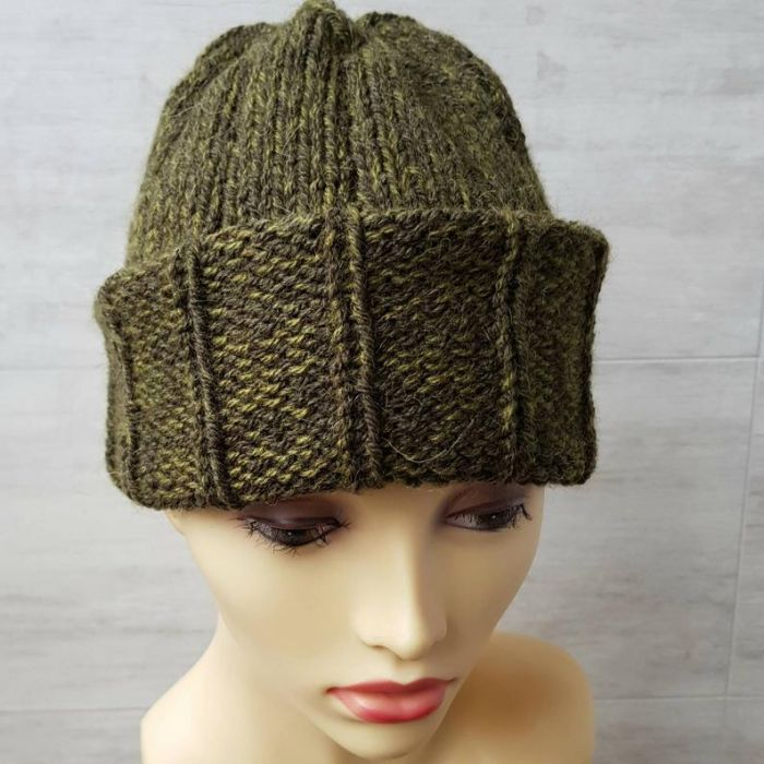 Ciepła czapka unisex w kolorze khaki - czapka z alpaką