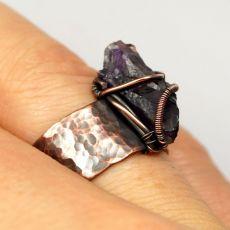 Ametyst, miedziany pierścionek z ametystem