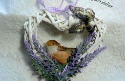 Ptaszek w lawendzie