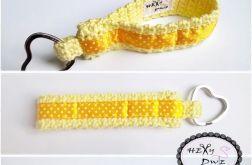 Breloczek szydełkowy - Na żółto