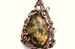 Kamienny wisiorek wirewrapping