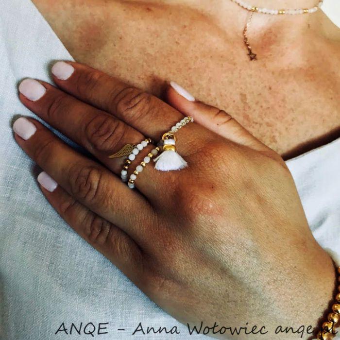 Zestaw 3 pierścionków Jadeit biały - model 2