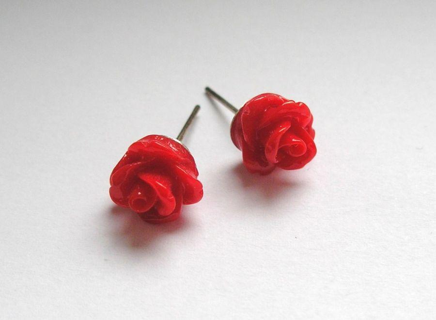 Kolczyki - czerwone różyczki