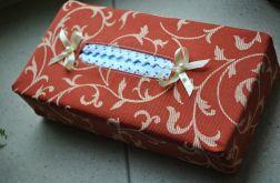 Rude etui na chusteczki higieniczne w kremowy ornament