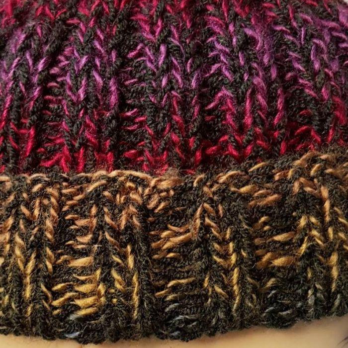 Kolorowa czapka dokerka - czapki kufi