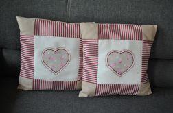 Komplet patchworkowych poszewek z sercem beż/bordo